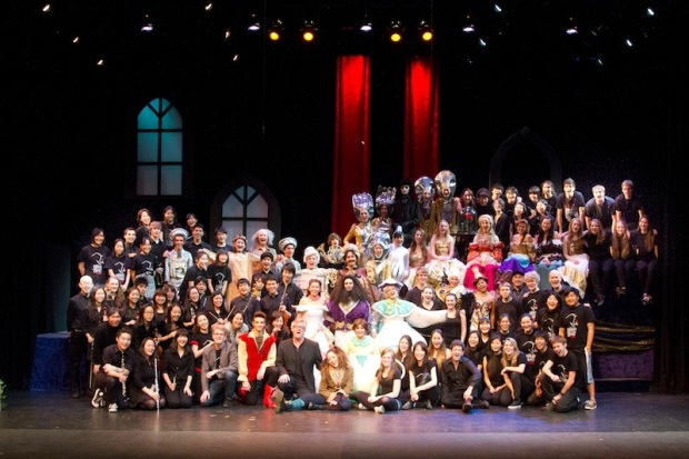 Complete cast, crew and orchestra