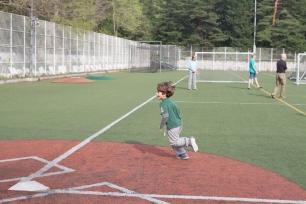150417_ES-kickball_0131
