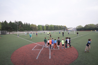 150417_ES-kickball_0327