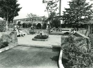 courtyardPost