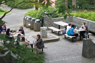 HS Courtyard-1